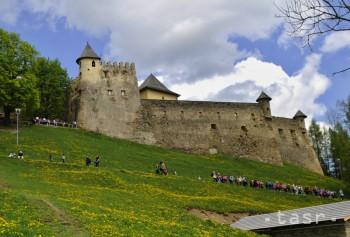 Návštevnosť Ľubovnianskeho hradu sa vlani priblížila rekordu z 2014