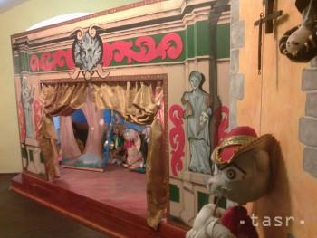 V múzeu je 7000 artefaktovsúvisiacich s bábkovým divadlom a hračkami