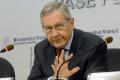 Šéf eurovalu K. Regling nepovažuje odpis gréckeho dlhu za potrebný