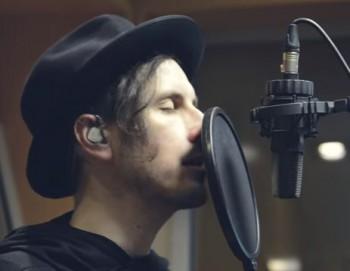 Spevák Nocadeň: Osloviť tínedžerov aj v našom veku je veľká frajerina