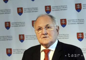 Prioritou D. Čaploviča je zvýšiť v r. 2014 objem peňazí do školstva