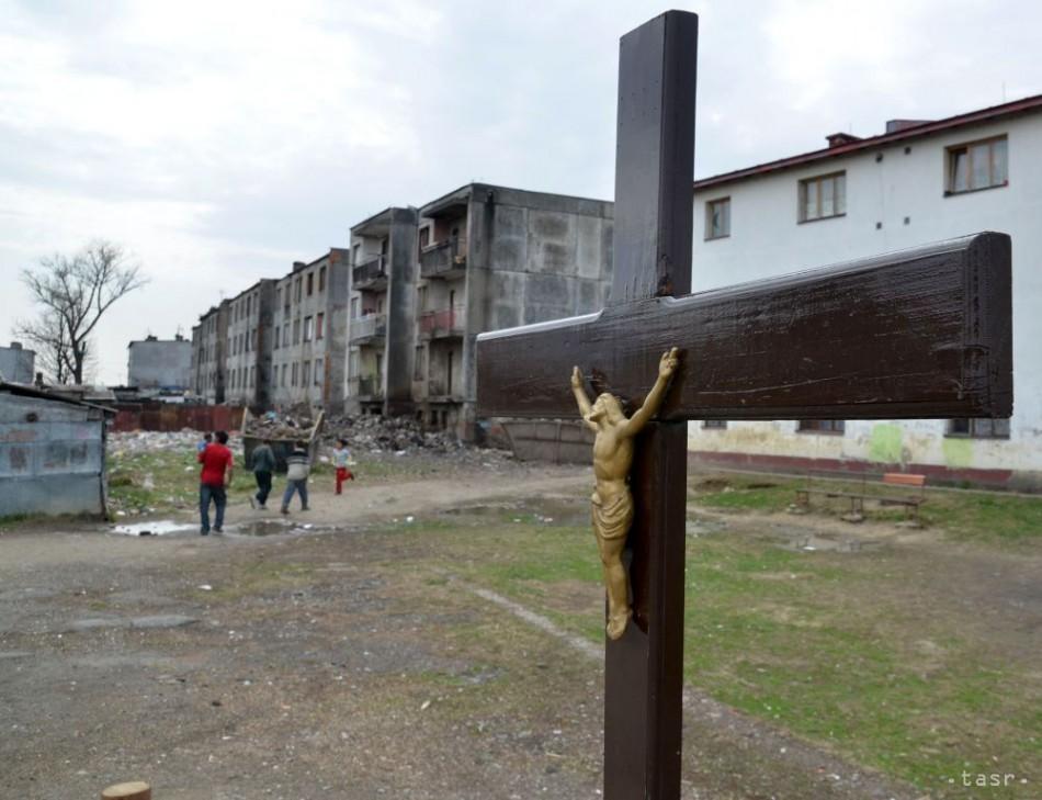 ce974896b Trebišov už nechce platiť za nájom pozemkov v rómskej osade
