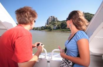 Dole Dunajom k umeniu na hati a skroteniu divokej vody