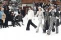 Značka Chanel odprezentovala Lagerfeldovu poslednú kolekciu