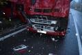 Život mladého poľskéko kamionistu vyhasol pri zrážke s nákladným autom