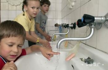 Umývanie rúk bráni šíreniu chorôb, robíte to správne?