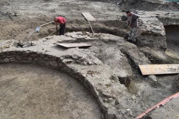 Šamorín: Archeológovia našli vzácny nález – karner z 12. storočia