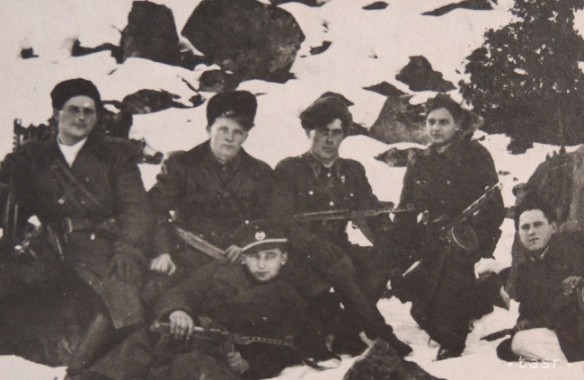 Dnes je Vtáčnik rajom pre turistov, počas vojny bol najmä útočiskom
