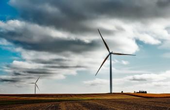 Všetky vlaky v Holandsku jazdia na veternú energiu