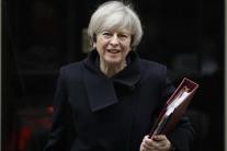 Premiérka Mayová: V Británii by sa mali 8. júna konať predčasné voľby