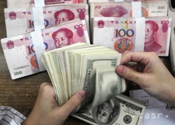 Jüan nebude ďalej oslabovať, uviedol guvernér čínskej centrálnej banky