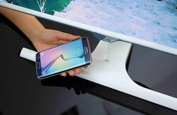 5333b33c4 Monitory novej generácie sú zakrivené a nabíjajú mobily aj bez káblov