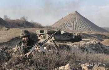 Obe strany konfliktu na východe Ukrajiny porušujú dohodu o prímerí