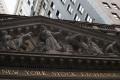 Kľúčový americký index Dow Jones v piatok stagnoval