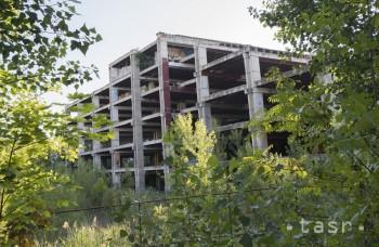 Hirošima, skelet obchodného domu v Ružinove, straší už vyše desaťročie
