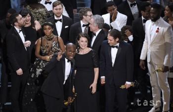 Highlighty týždňa: Nesprávna obálka spôsobila na Oscaroch zmätok