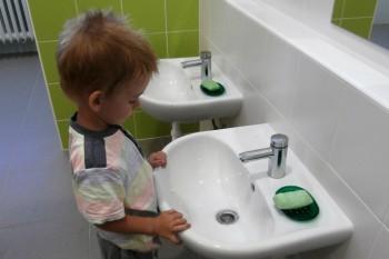 Prevenciou ochorení škôlkarov je hygiena, očkovanie a otužovanie