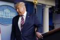 Dve tretiny Američanov nechcú, aby Trump zostal vo verejnom živote