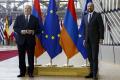 Arménsky prezident hovoril v Bruseli so Stoltenbergom aj Michelom