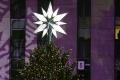 Rozsvietením stromčeka sa dnes pod Urpínom začali Vianoce