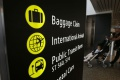 Cestujúci na letisku v Bruseli si radšej vzali len príručnú batožinu