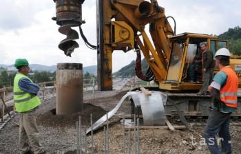Stavebná produkcia v decembri 2015 medziročne stúpla o 25,7 %