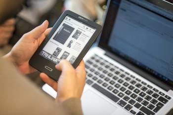 Papierová kniha alebo e-kniha? Ktorá je lepšia?