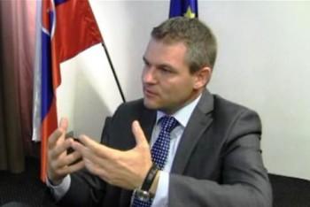 P.Pellegrini: Peniaze na zvýšenie platov nemáme zatiaľ garantované