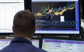 Úročenie gréckych a portugalských dlhopisov opäť rastie