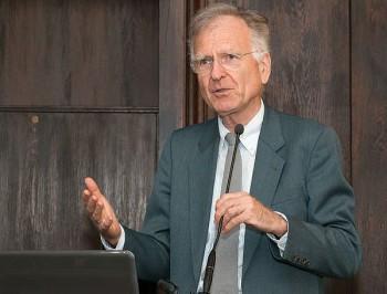 Osobnosť európskej ekonómie profesor Roland Vaubel na pôde EF UM