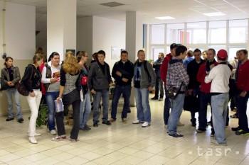 Rektor Trenčianskej univerzity dal údajne odhlásiť dekana zo SP i ZP