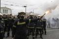 Aténski smetiari pokračujú v štrajku,mestu hrozia 42-stupňové horúčavy