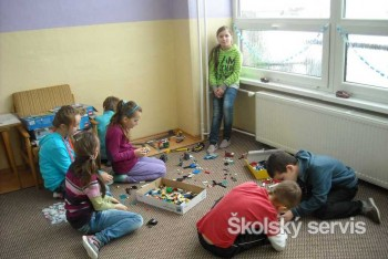 Hračka-prostriedok rozvoja komunikácie