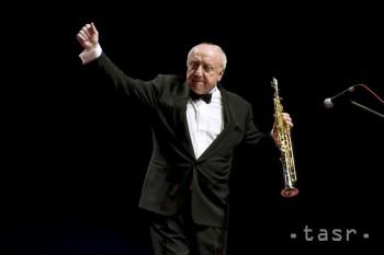 Do repertoáru saxofonistu Felixa Slováčka patria skladby jazzu