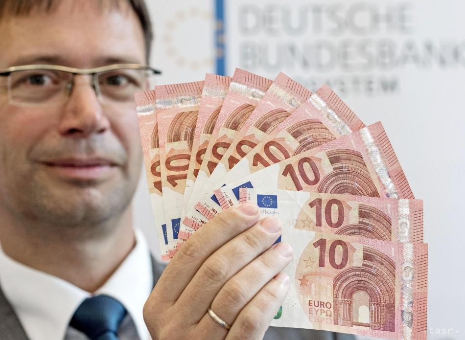 Do obehu ide nová bankovka v hodnote 10 eur