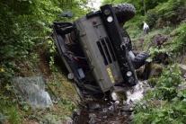 FOTO z nehody Tatry s vojakmi: Vodič sa chcel vyhnúť cyklistovi