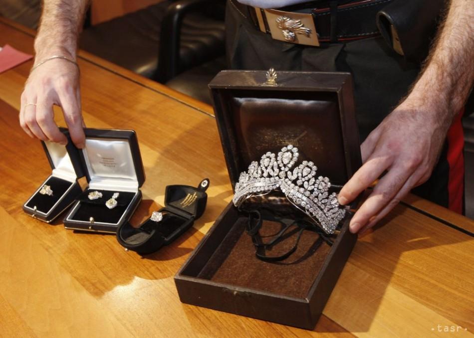 Na letisku v Budapešti odhalili miliónový kontraband šperkov