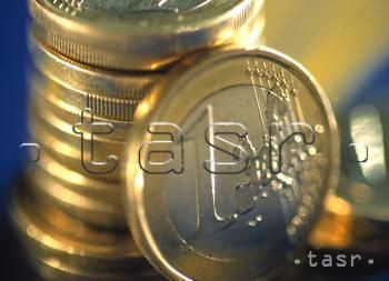 Kurz eura klesol na 1,0580 USD/EUR