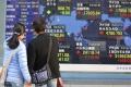 Kľúčový japonský akciový index Nikkei 225 vzrástol o 2,3 percenta