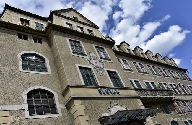 Piešťanský Versailles chátra. Hotel Slovan bol kedysi ozdobou mesta