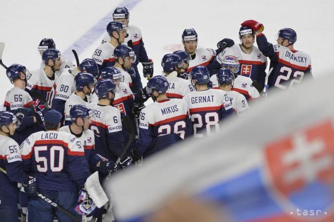 c870f773d58bc Na snímke hráči Slovenska oslavujú víťazstvo 3:2 po predĺžení v zápase  A-skupiny Slovensko - Taliansko na MS v ľadovom hokeji v Kolíne nad Rýnom  6. mája ...