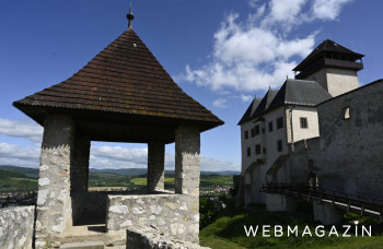 Pri opevnení Trenčianskeho hradu pribudla funkčná replika trebuchetu