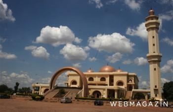 Z vďaky ku Kaddáfimu pomenovali aj mešitu