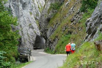 Manínska tiesňava je najužším skalným kaňonom na Slovensku