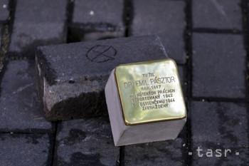 Obete holokaustu pripomínajú už desať rokov Kamene zmiznutých