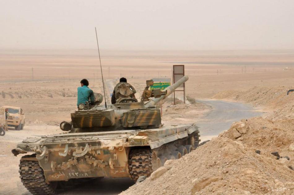 Islamisti opäť útočia v Palmýre, vládna armáda tam vyslala posily