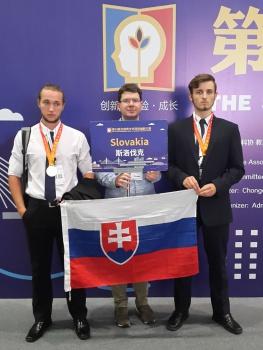 Slovenskí maturanti získali na súťaži v Číne 2. miesto