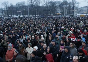 Tisíce Gruzíncov demonštrovali na podporu nezávislej TV stanice