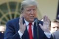 D. Trump: Čína sa chce dohodnúť, ďalšie clá Washington možno nezavedie
