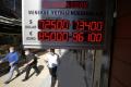 Turecká líra klesla na nové rekordné minimum, oslabuje sa aj rubeľ